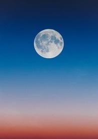 摘下月亮抱一抱